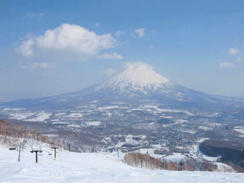 Niseko, Hokkaido = AdobeStock