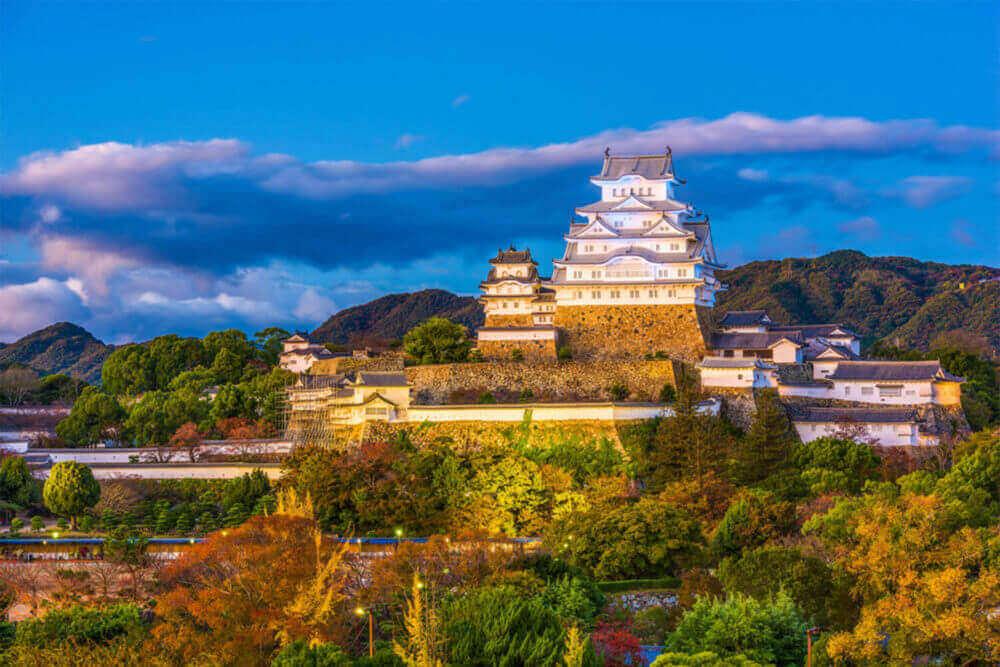 Himeji Castle, Hyogo, Japan = Shutterstock