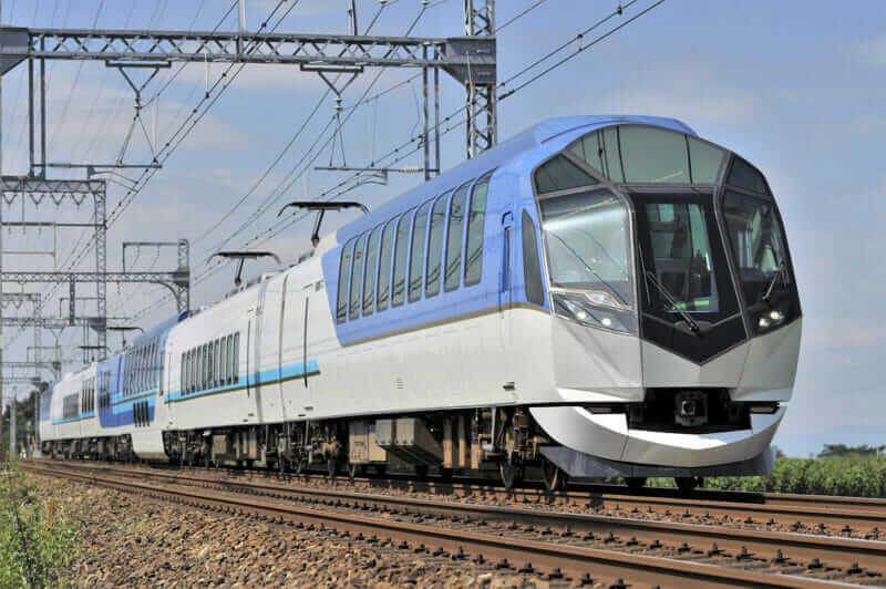 "Kintetsu Express ""Hamakaze"" = AdobeStock"