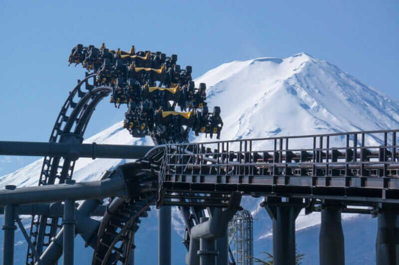 "Eejanaika Roller coster in FUJI-Q HighLand "" = Shutterstock"