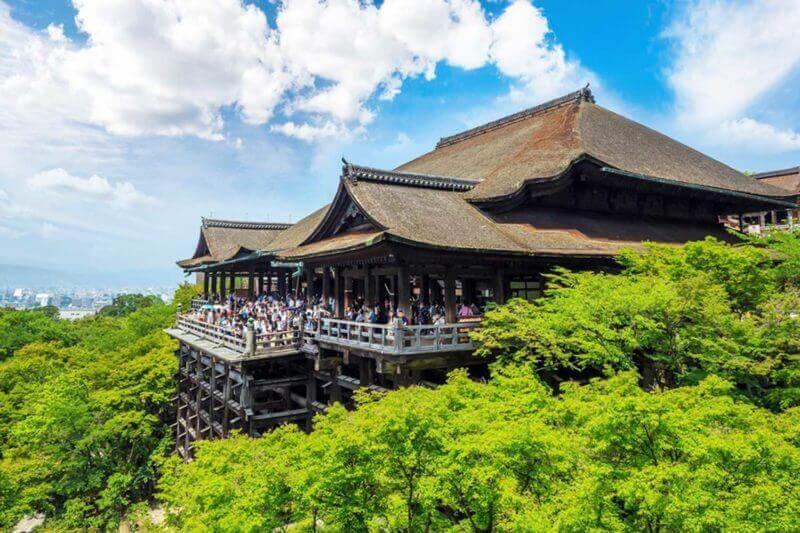 Kiyomizu-dera Temple in Kyoto Japan = shutterstock