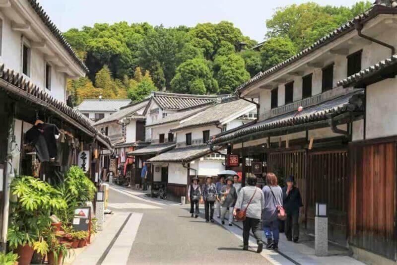 Kurashiki in Okayama pefecture, Japan = shutterstock